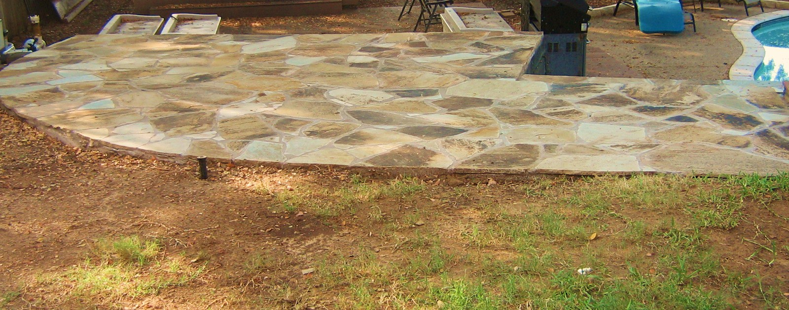 Flagstone patio 250 sq. ft.